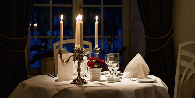 Candle Light Dinner & Suite