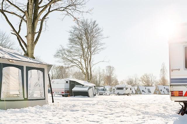Campinghelg med julbord på Erikstorp