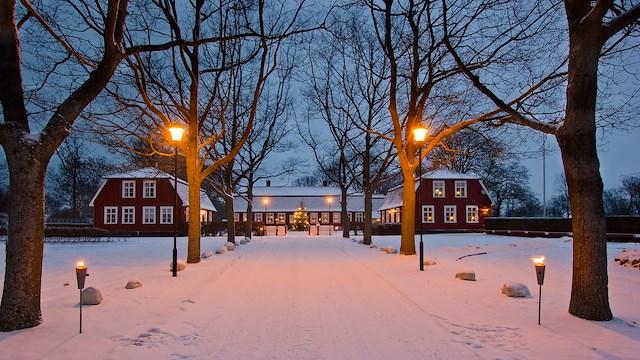 Julbord och boende på Mötesplats Borstahusen