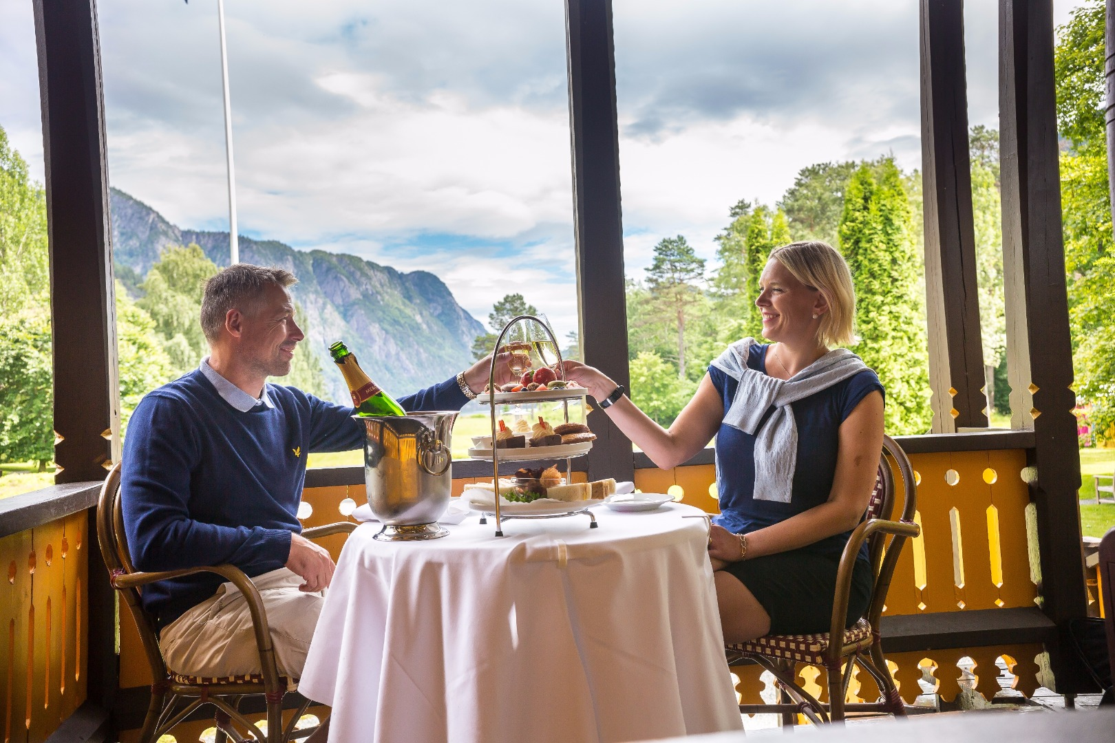 Romantic getaway to the Dalen Hotel
