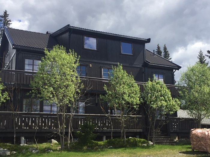 Rent Large Cabin HSTFR | 24 persons | 8 bedrooms
